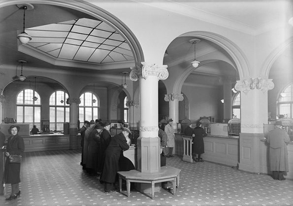 Innvendig bilde av det gamle postkontoret